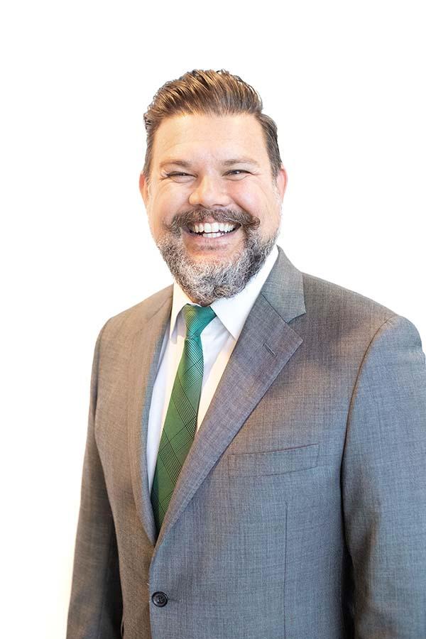 Dr Aaron Wiegand, DC